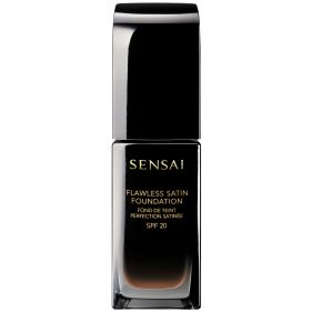 FLAWLESS SATIN FOUNDATION 205