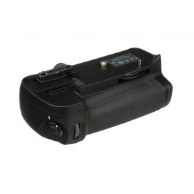 MB-D11 Multi Power Battery Pack